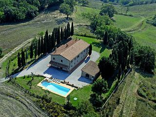 Tuscan country Villa near the coast - Montecatini Val di Cecina vacation rentals