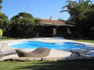 Charming Villa, pool, sea side - Santa Margherita di Pula vacation rentals