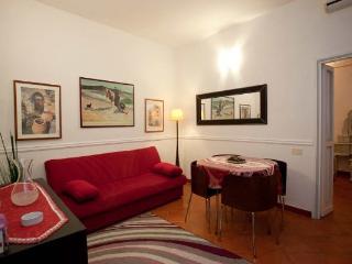 CR280 - Navona Apartment - Lido di Ostia vacation rentals