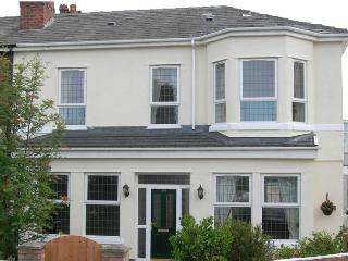 Bright 4 bedroom House in Southport - Southport vacation rentals