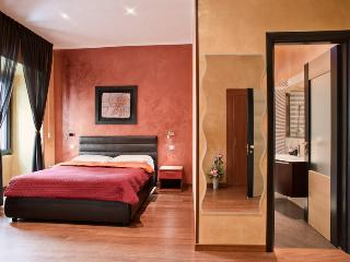 Spanish Deluxe - Rome vacation rentals