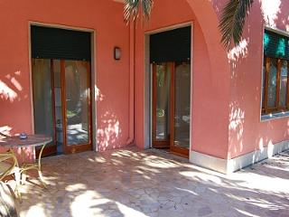 Bright 1 bedroom House in Sorrento - Sorrento vacation rentals