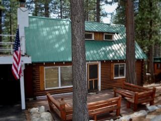 Charming Log Cabin, Spa, Sauna, Walk To Beach - Kings Beach vacation rentals