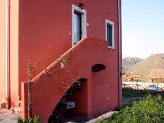 Nice Condo with Internet Access and Garden - Librizzi vacation rentals