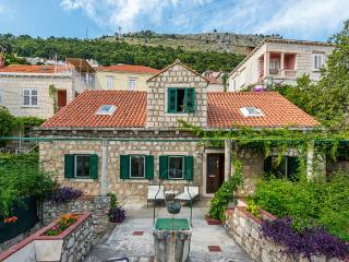 House Dubrava near Dubrovnik City Walls - Dubrovnik vacation rentals