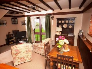 1 bedroom Barn with Internet Access in Sedgeberrow - Sedgeberrow vacation rentals