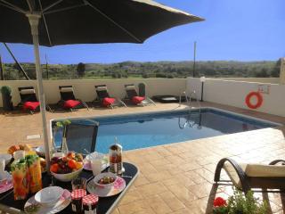 3 bedroom Villa with Internet Access in Anafotida - Anafotida vacation rentals
