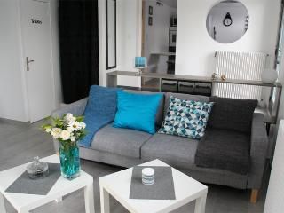 Nice 1 bedroom Vacation Rental in Bayeux - Bayeux vacation rentals