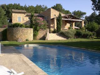 3 Chambre d'hôtes dans mas provençal, piscine, tennis Chambre ouest lits jumeaux - Mondragon vacation rentals