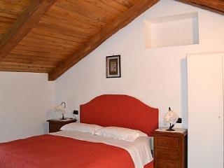 Beautiful 2 bedroom Vacation Rental in Amalfi - Amalfi vacation rentals