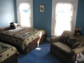 Hugging Bear Inn - Bear's Den Room - Chester vacation rentals