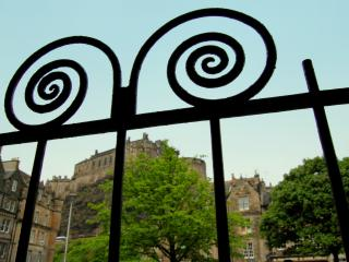 Castle Apartment - the heart of Old Town Edinburgh - Kirknewton vacation rentals