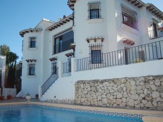 The Two Towers sun in Summer, Winter sun. - Denia vacation rentals