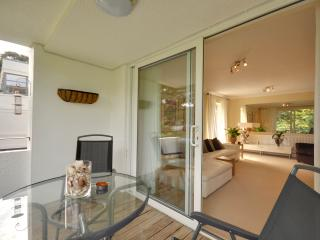 3 Seahaven - Two bedroom, spacious apartment with balcony on Sandbanks Peninsula - Bournemouth vacation rentals
