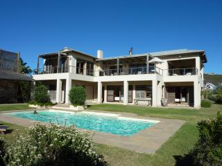 Khusela House, beach sea pool Extra Garden Lodge - Plettenberg Bay vacation rentals