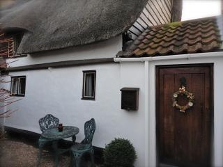 Honeyway Cottage Period Holiday Rental - Whittlesey vacation rentals