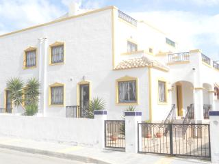 Perfect 3 bedroom Los Montesinos Villa with A/C - Los Montesinos vacation rentals