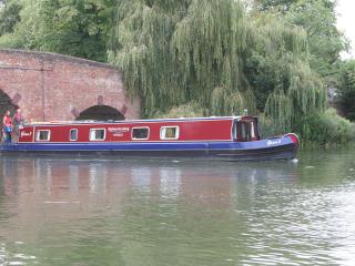 Boat Gina -beautiful narrowboat on River Thames - Henley-on-Thames vacation rentals