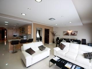 Zerniq - Luxury Property with Pool in Gozo - Qala vacation rentals