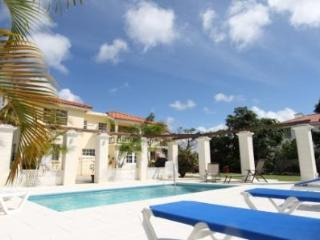 5 bedroom House with Internet Access in Maynards - Maynards vacation rentals
