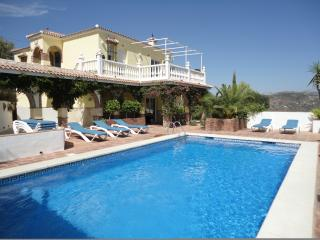 Private luxury Spanish family friendly villa - Comares vacation rentals