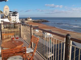 Seashells self-catering Holiday Apartment - Ventnor vacation rentals