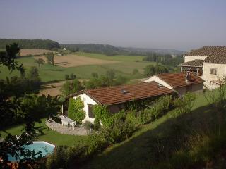 18C Stone cottage, spectacular views, garden& pool - Ste Alauzie vacation rentals