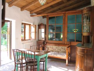Charming 1 bedroom Chateau in Strassoldo - Strassoldo vacation rentals