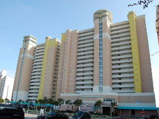 Beautiful 2 bedroom / 2 bathroom Oceanfront Condo - North Myrtle Beach vacation rentals