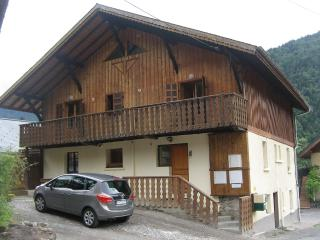 5 bedroom Chalet with Internet Access in Saint Jean d'Aulps - Saint Jean d'Aulps vacation rentals