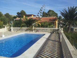 Beautiful Villa with Internet Access and Satellite Or Cable TV - Alicante Province vacation rentals