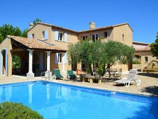 Wonderful House with Internet Access and Satellite Or Cable TV - Pont Royal vacation rentals