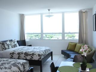 Bay view studio 805 - Miami Beach vacation rentals