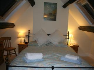 Lovely 1 bedroom Stroud Cottage with Internet Access - Stroud vacation rentals