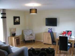 2 bedroom Cottage with Internet Access in Gateshead - Gateshead vacation rentals