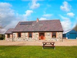 4 bedroom Cottage with Fireplace in Castleblaney - Castleblaney vacation rentals
