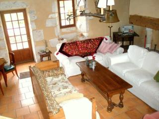 5 bedroom Farmhouse Barn with Internet Access in Plaisance - Plaisance vacation rentals