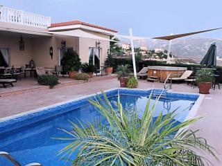 Luxury Villa 142 - Peyia vacation rentals