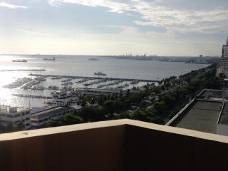 Spacious Condo Overlooking Manila Bay - Manila vacation rentals