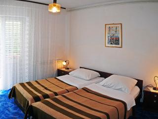 COSY TWIN ROOM IN HVAR TOWN - Hvar vacation rentals