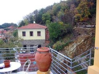 Bright 1 bedroom San Baronto House with Deck - San Baronto vacation rentals