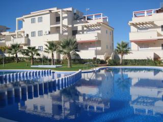 Las Arenas - luxury 3 bed ground floor apartment. 25 minutes Castellon airport. - Alcossebre vacation rentals