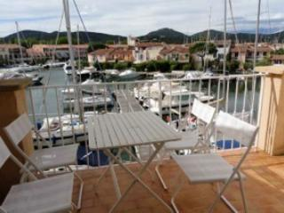 Port Grimaud holiday apartment, near St Tropez - Port Grimaud vacation rentals
