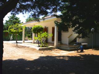 Lovely Villa with Internet Access and A/C - Serranova vacation rentals