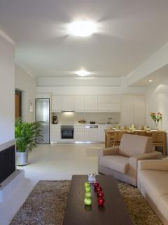 Cozy House with Internet Access and Dishwasher - Rethymnon vacation rentals