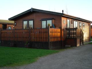 Bright Cabin with Internet Access and Television - Lake District vacation rentals