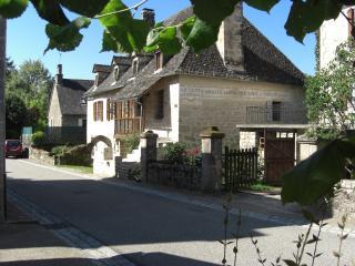Lovely 3 bedroom House in Argentat sur Dordogne with Microwave - Argentat sur Dordogne vacation rentals