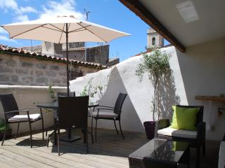 Sunny Pezenas vacation Townhouse with Television - Pezenas vacation rentals