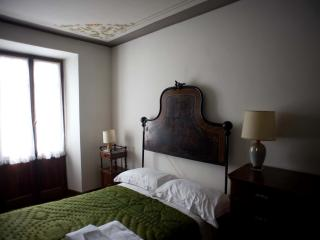 Ancient stone house in the Monterosa Valley - Issime vacation rentals