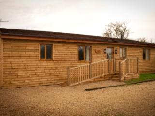 Beautiful 3 bedroom Cabin in Old Hunstanton - Old Hunstanton vacation rentals